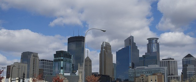 the skyline of minneapolis on a sunny day